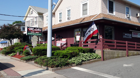 Melilli Caffe & Grill in a nice area of Portland, CT